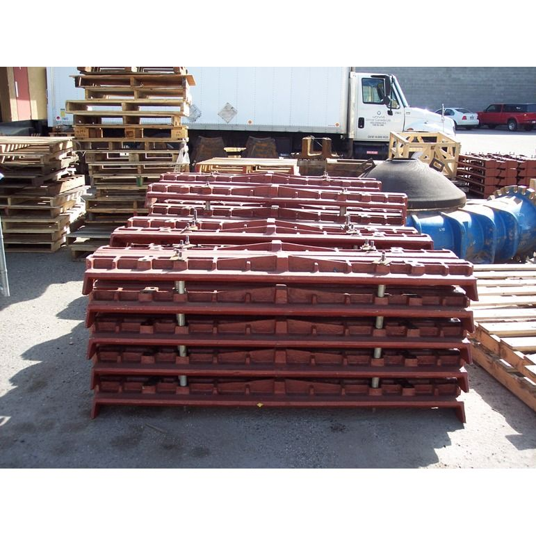 Apron Feeder Pan Parts Ready to Ship  Unicast Wear Parts